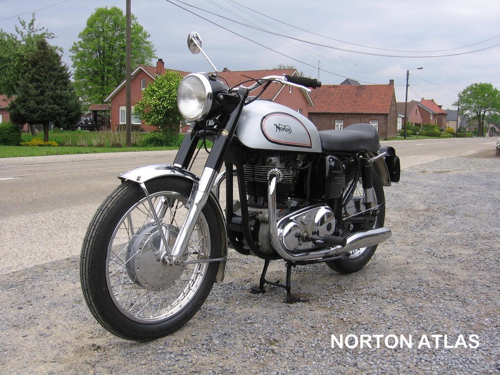 09-Norton Atlas front